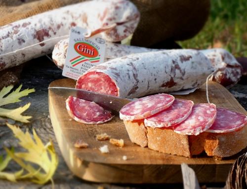 Griglia, frittura di pesce e paella per festeggiare l'estate